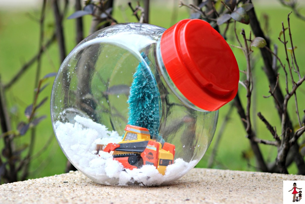 DIY-Disney-planes-fire-and-rescue-snow-globe