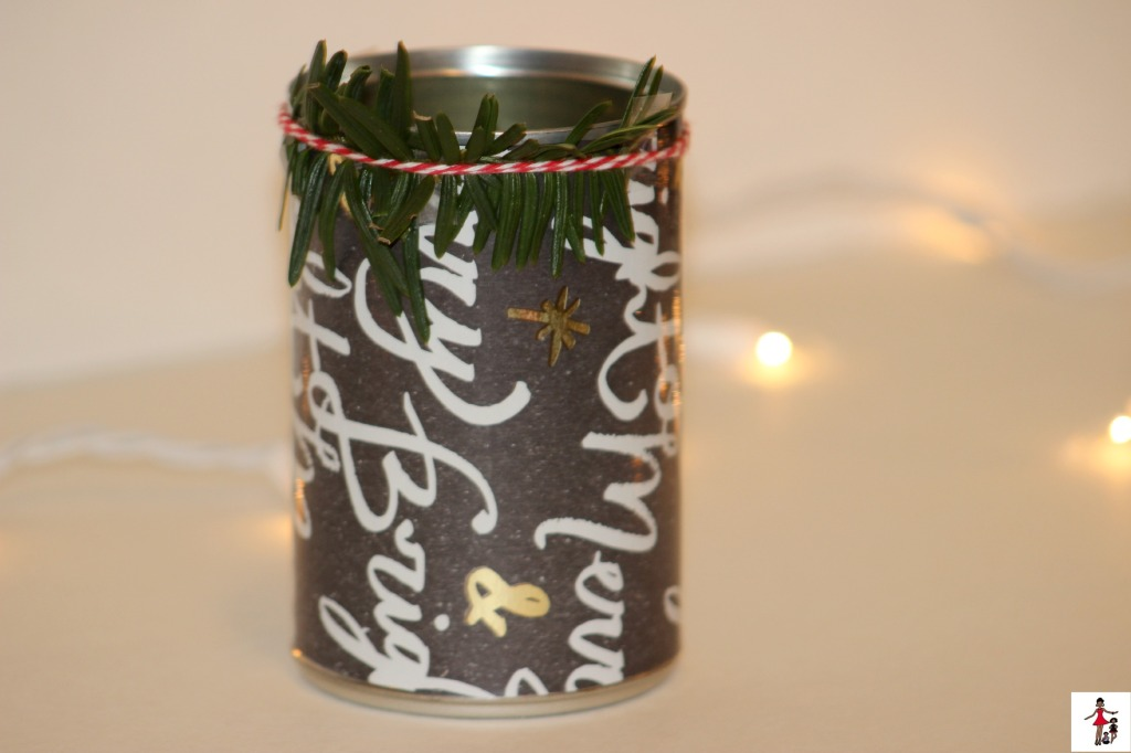 creative-christmas-crafts-using-leaves