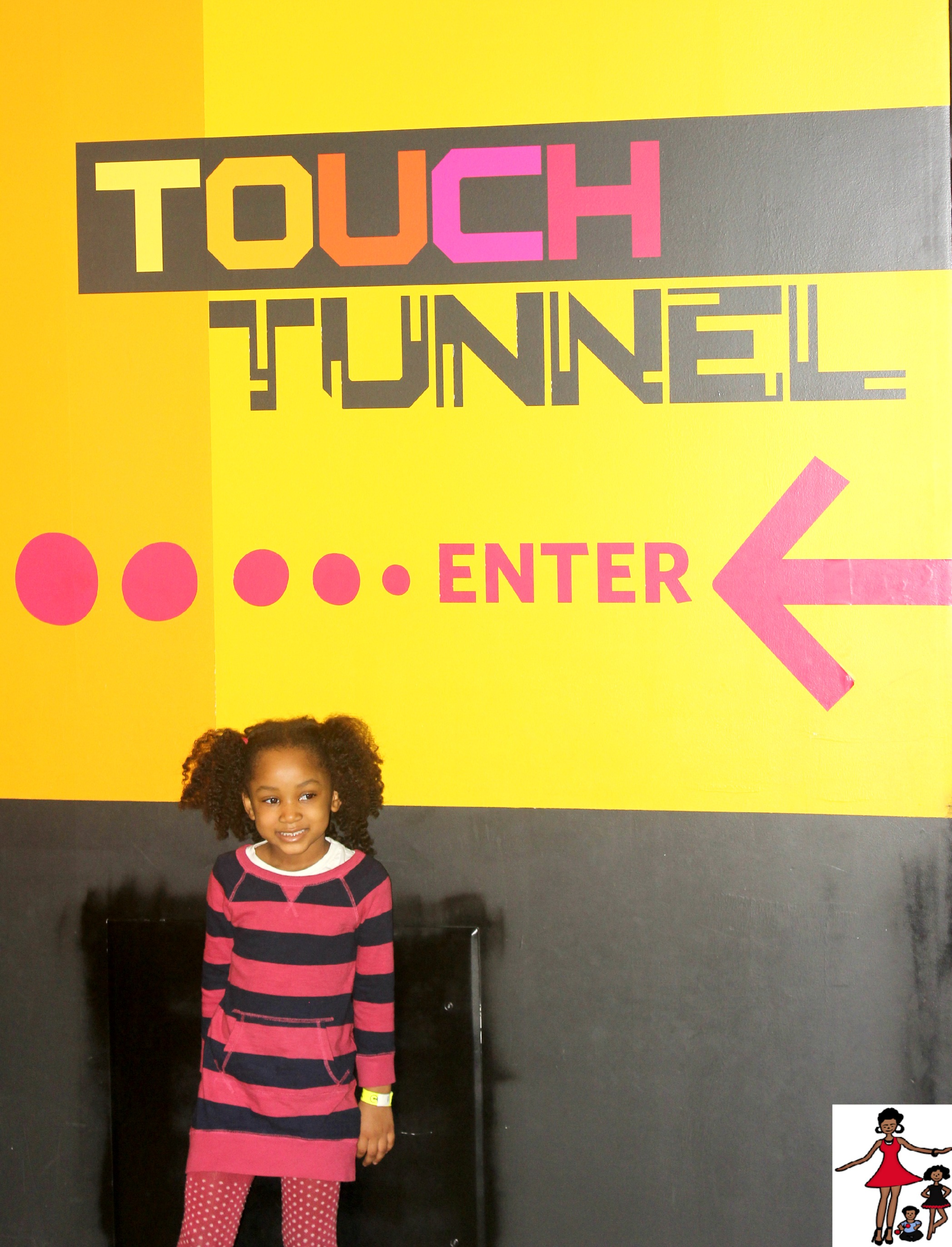 LIBERTY-SCIENCE-CENTER-TOUCH-TUNNEL