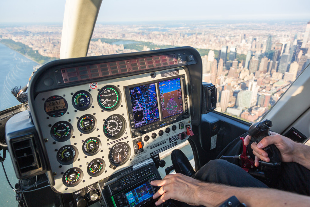 Valentines-Date-Idea-Helicopter-Ride.