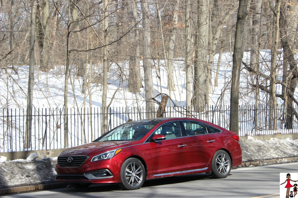 2015 hyundai sonata sport review rattles heels. Black Bedroom Furniture Sets. Home Design Ideas