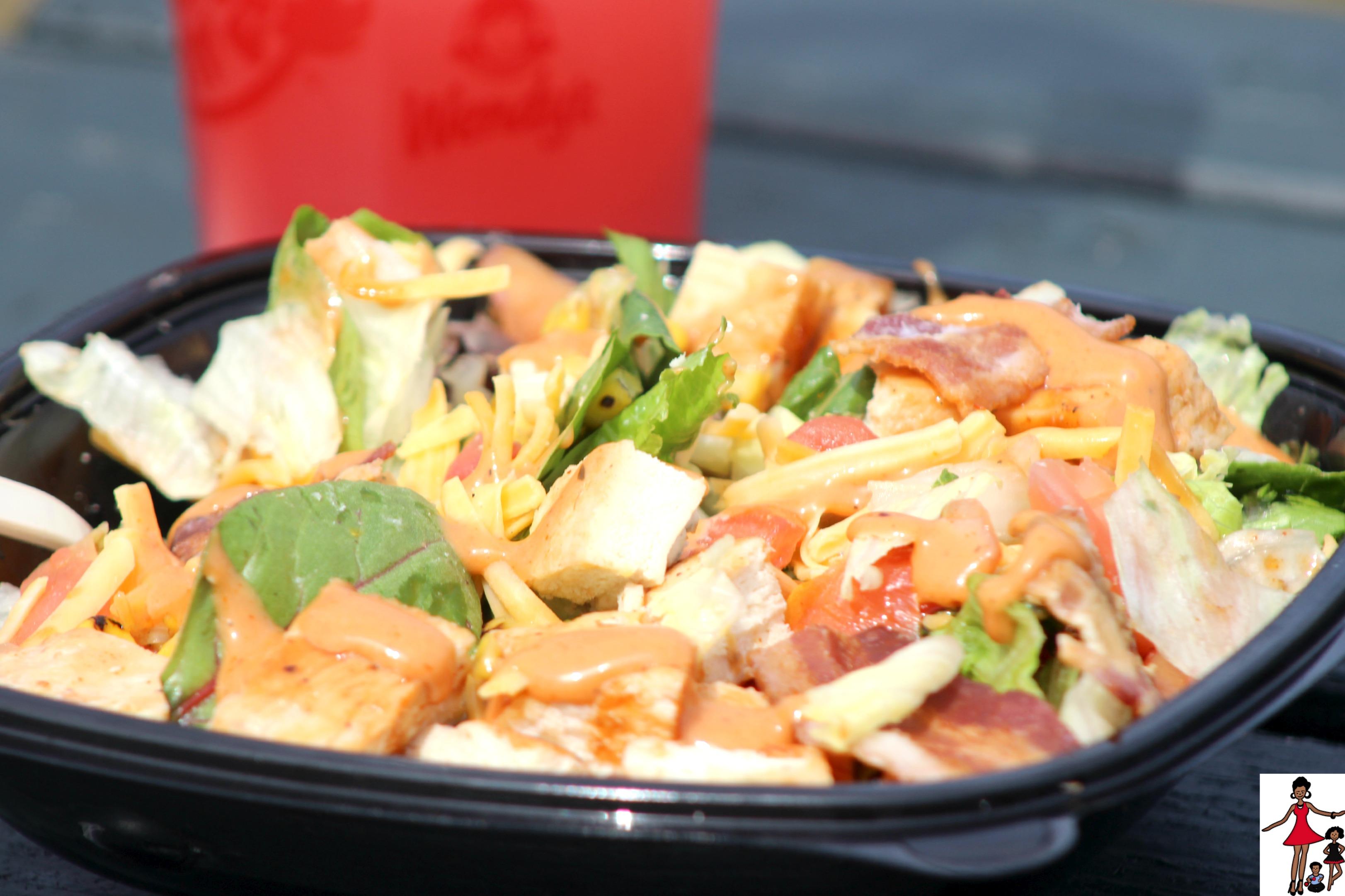 wendys-bbq-chicken-salad