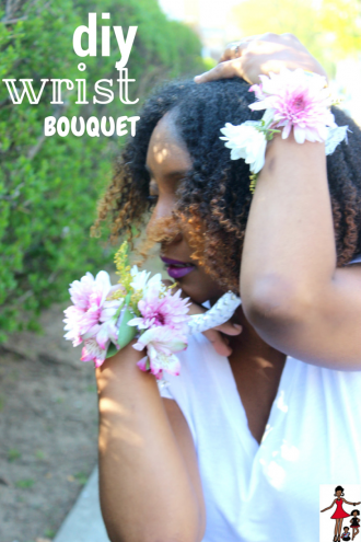 DIY WRIST BOUQUET