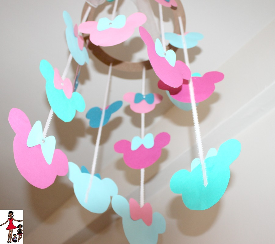 disney-baby-diy-mobile