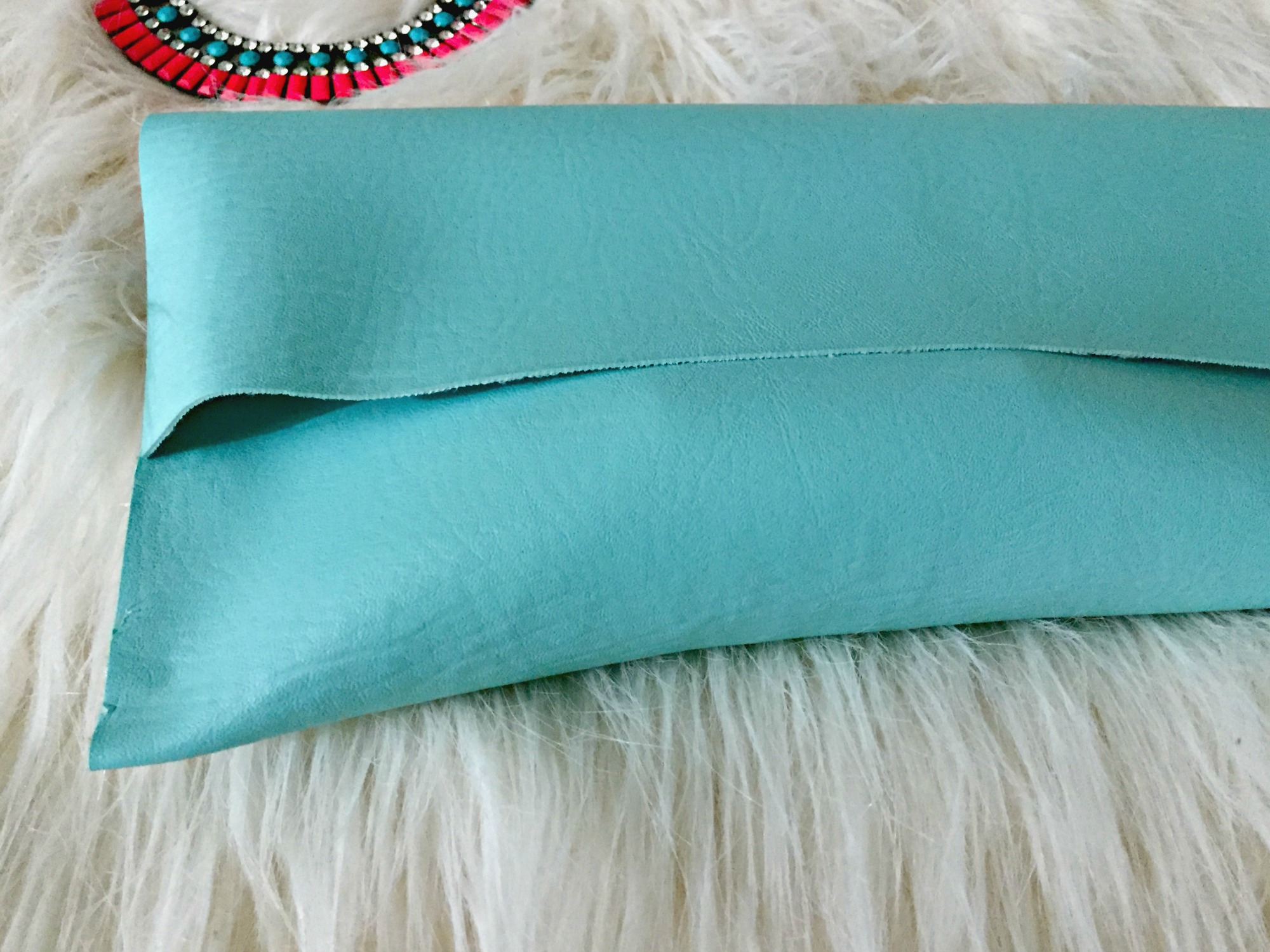 DIY No Sew Clutch