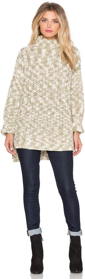 fashionable-winter-sweater