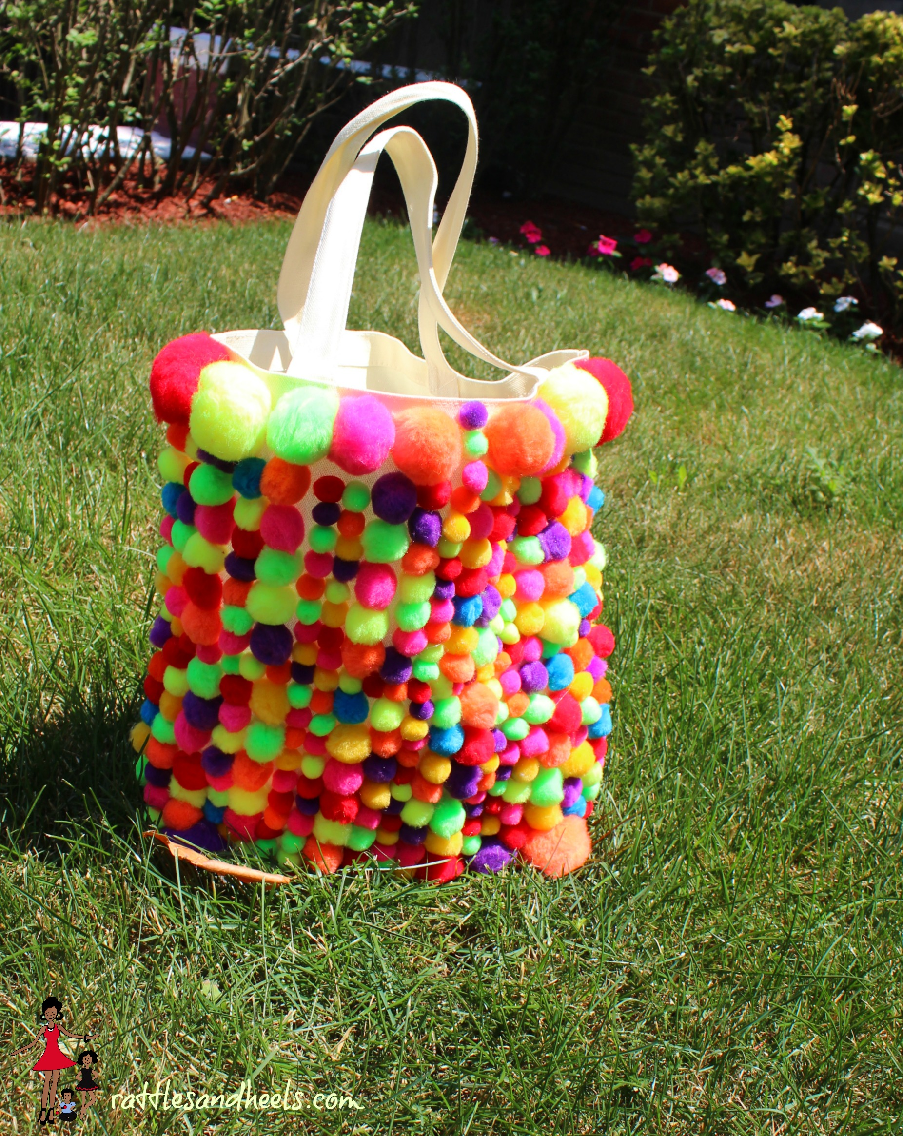 Boho Chic DIY Pom Pom Bag