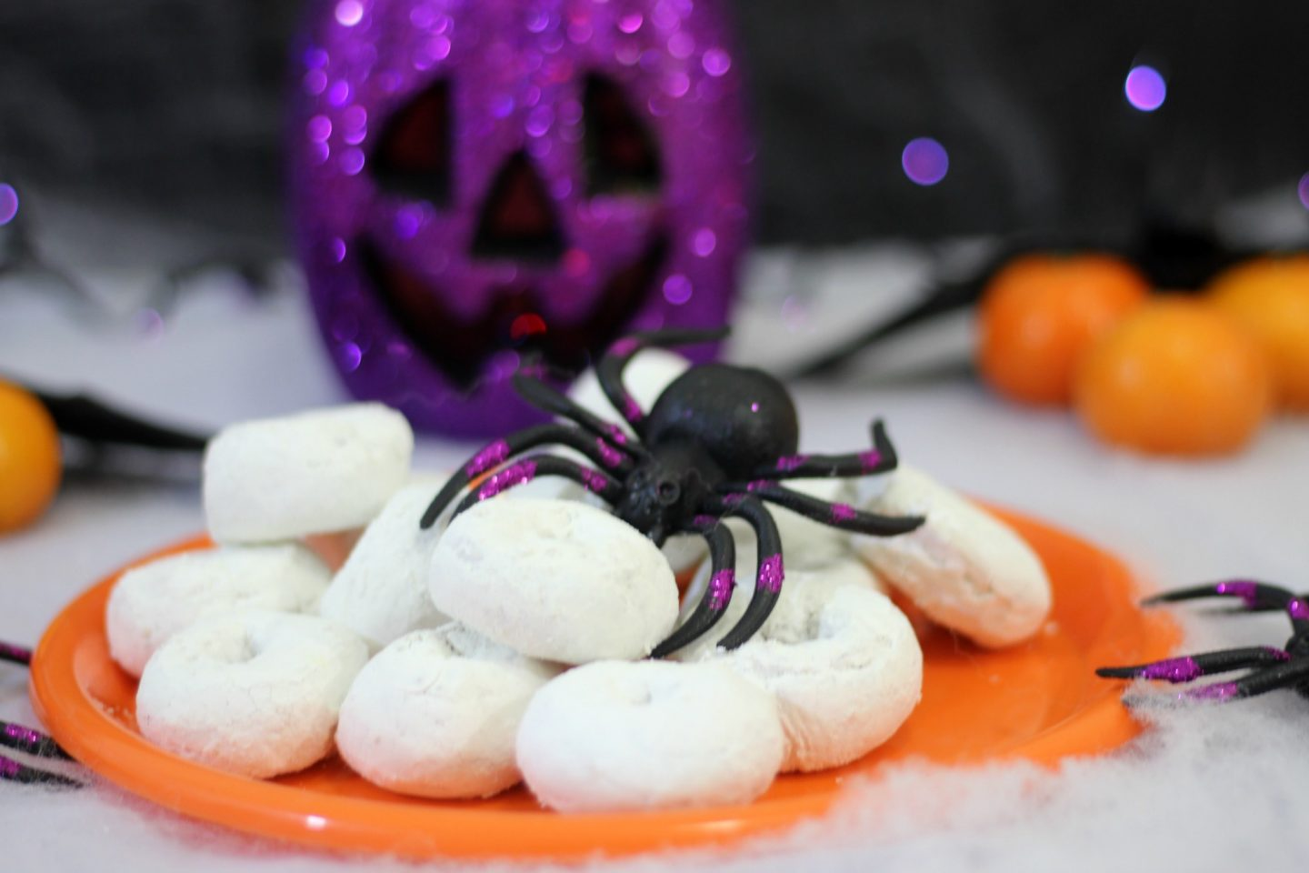 halloween-party-dollar-store-decorations-2016