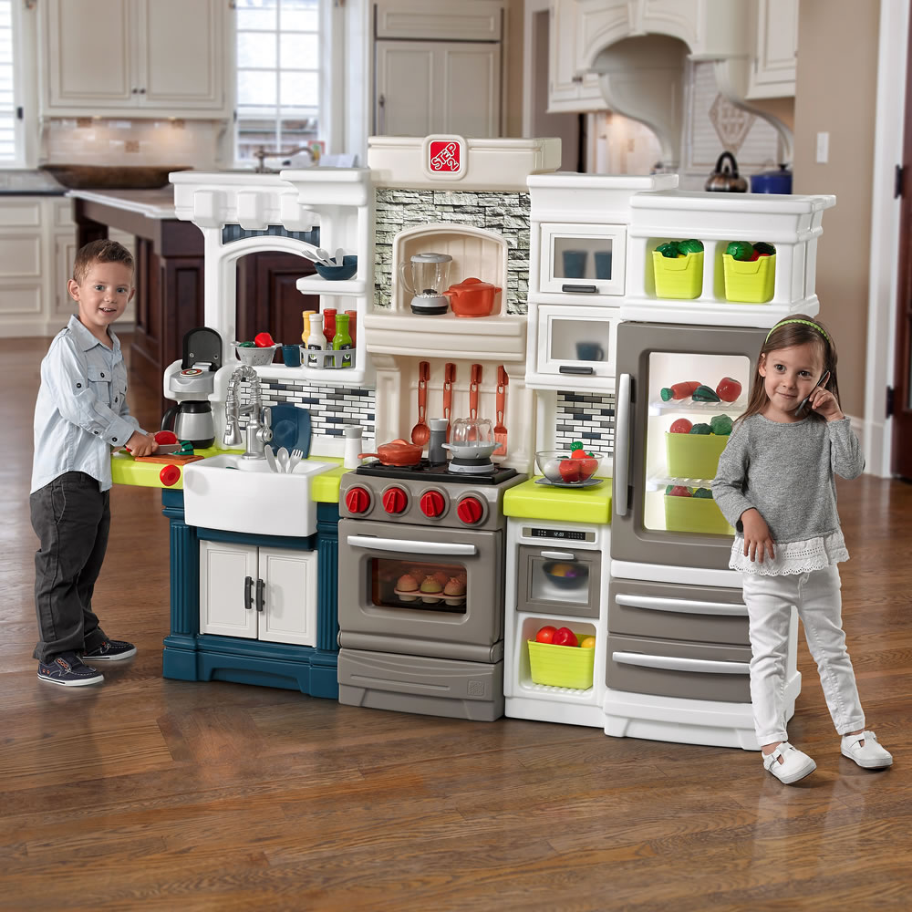 Lifestyle Dream Kitchen: Screen-Free Gift Guide For Kids