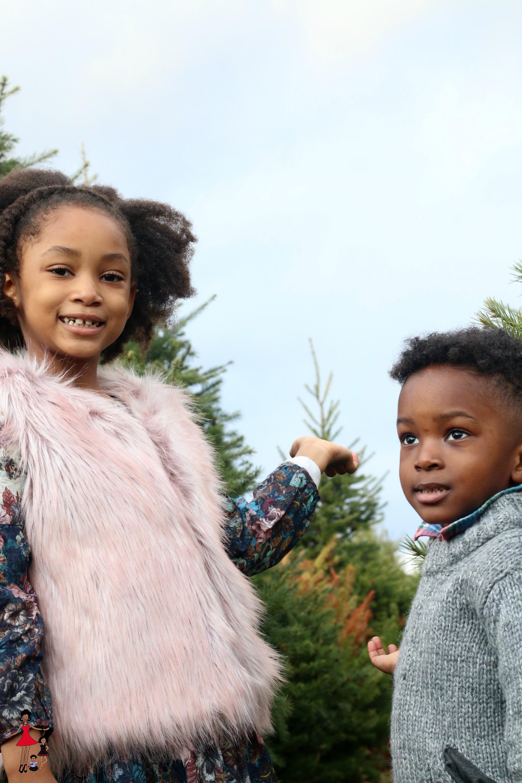 kids-christmastree-farm