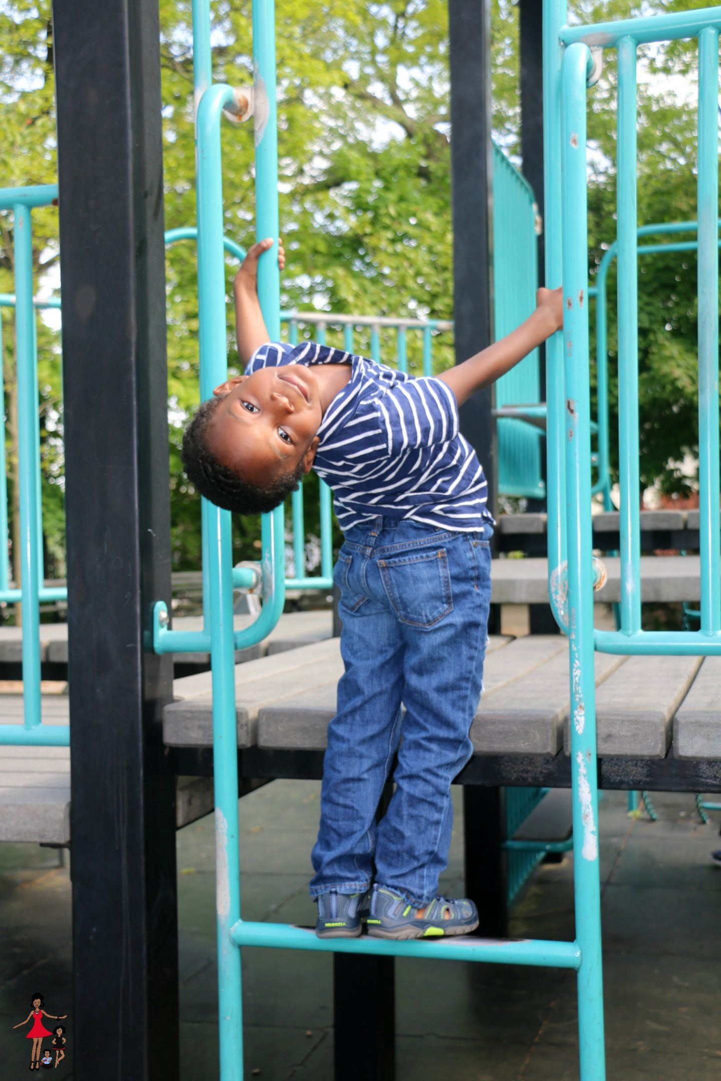 Must-Haves For Summer Playground Play