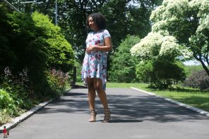 Bump Style: High-Low Maternity Dress