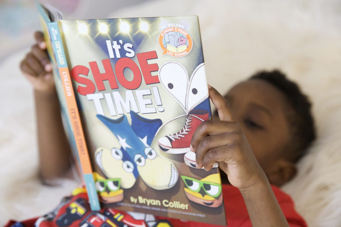 It's Shoe Time! Time to Learn to Tie Shoelaces