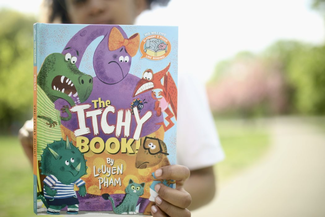 The Itchy Book! (Elephant & Piggie Like Reading! Series)