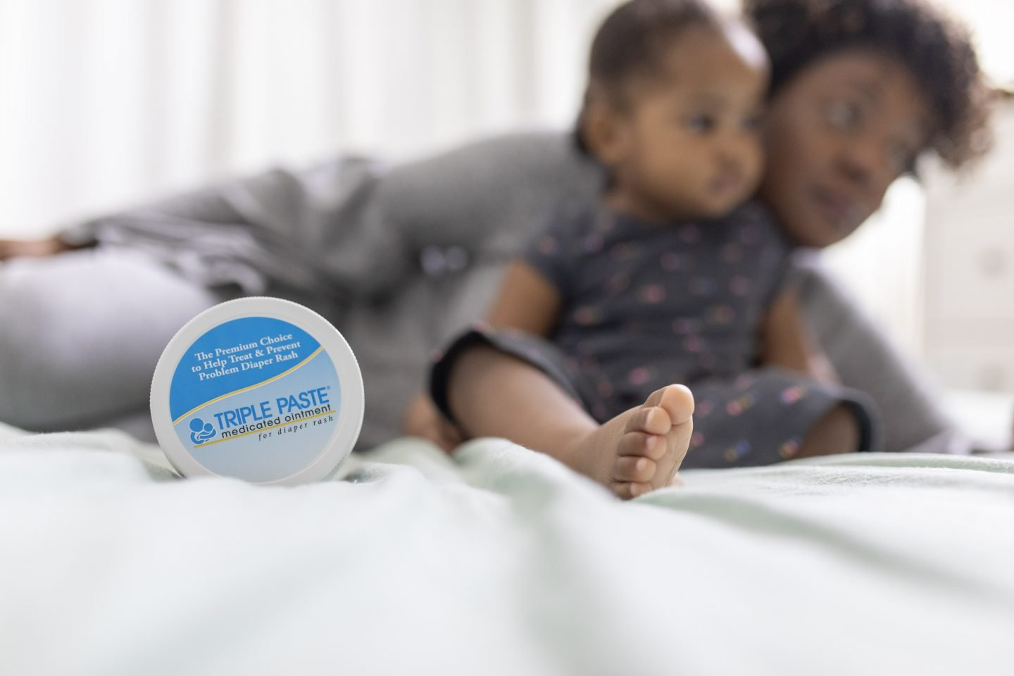 What Every New Mom Should Know About Introducing Solids and Diaper Rashes