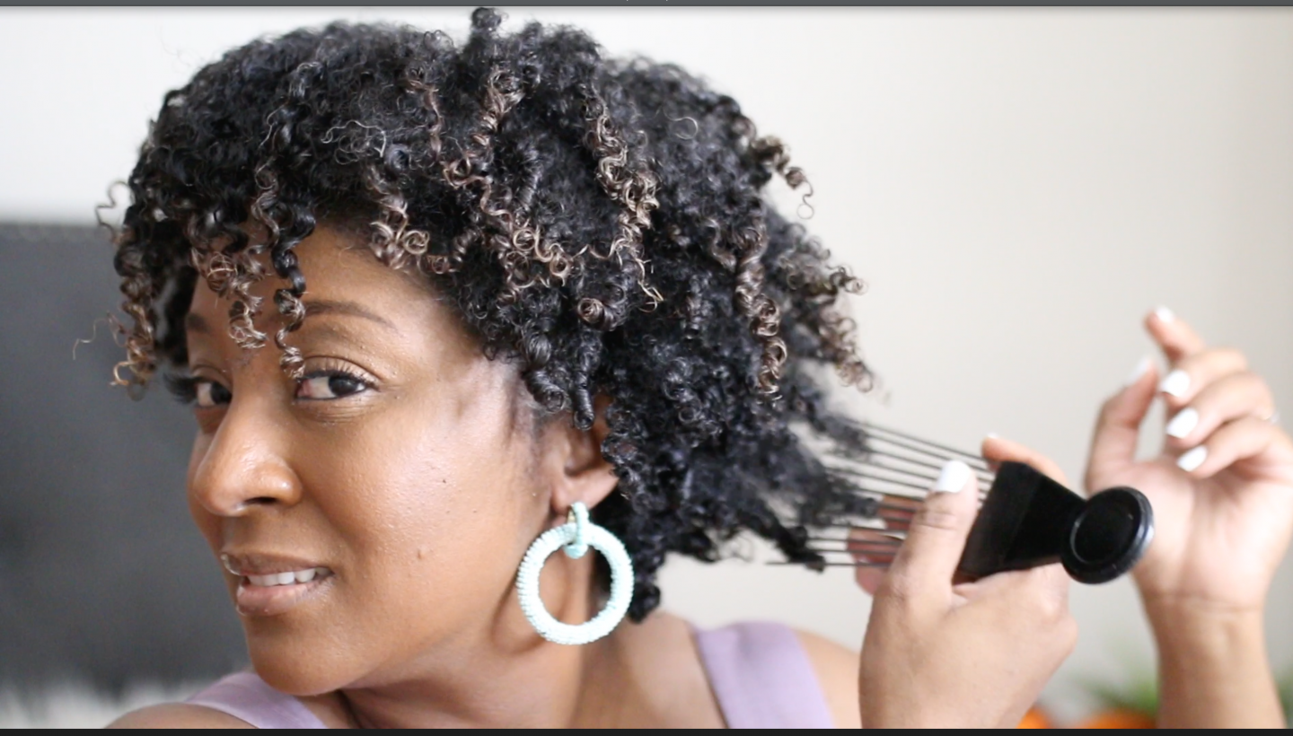 You Need These 7 Tools For Your Natural and Curly Hair